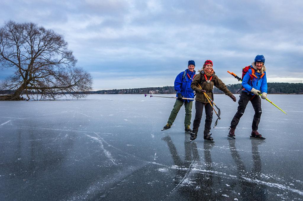 With friends at Vallentunasjön