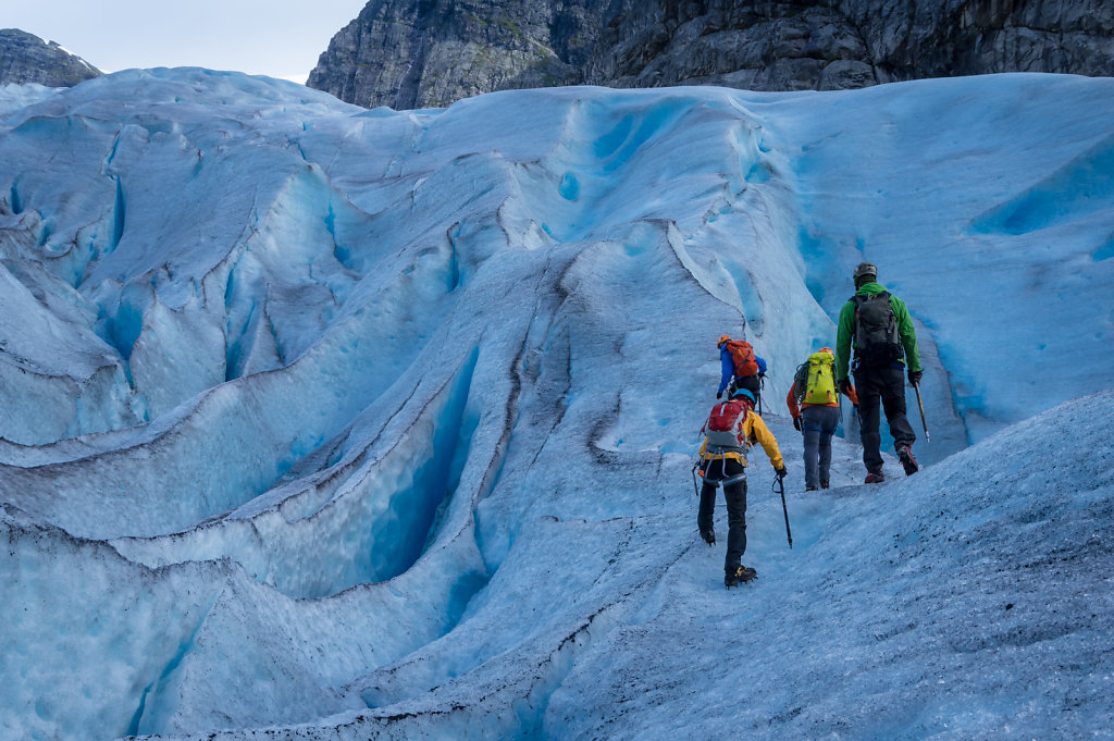 Getting used to the crampons at Nigardsbreen